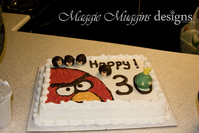 IAngry Birds Cake & Cake Pops