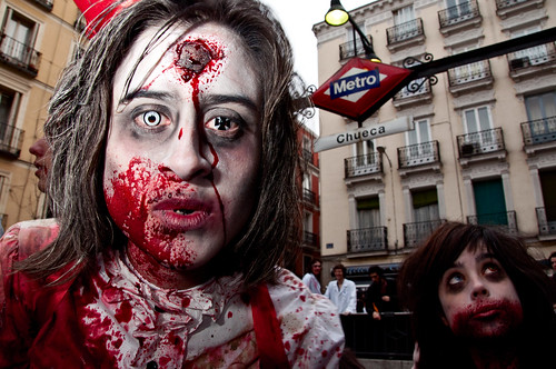 Intro - Marcha Zombie Madrid 2011 - 04