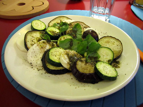 zucchini-mozarella