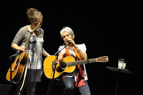 Joan Baez by Pirlouiiiit 06042011
