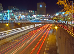 I-670 at night (10 sec), 10 Nov 2010 (photography.by.ROEVER) Tags: longexposure nightphotography november night evening highway traffic loop kansascity freeway interstate nightphoto expressway kc kcmo downtownkansascity 2010 10sec i670 10seconds kansascitymo jacksoncounty kansascitymissouri downtownkc nightphotograph downtownloop november2010 interstate670