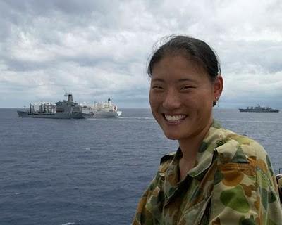 Military_Women_02