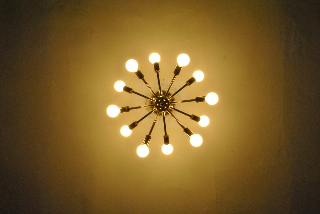 Sputnik Lamp Chandelier from Below