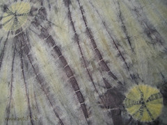 détail shibori oignons sumac