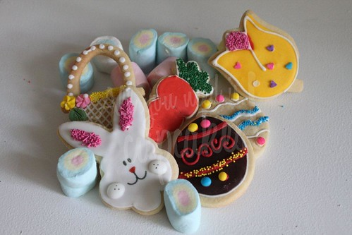 Preparando las Pascuas by All you need is Cupcakes!