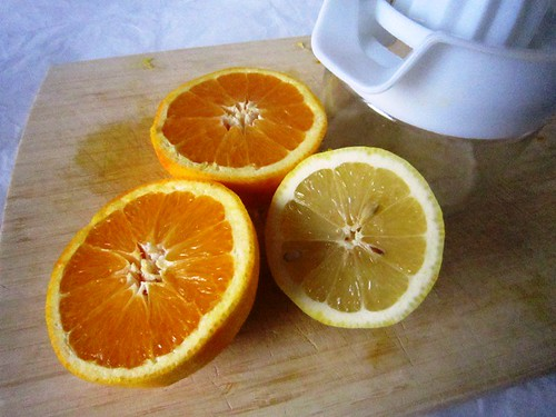 Juicing lemon and oranges, take two