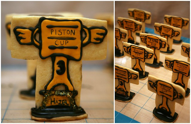 piston cup trophy cookies