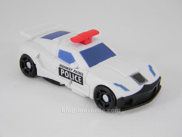Transformers Prowl Reveal the Shields Legends - modo alterno