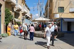 Ledra Street Checkpoint (hans2568) Tags: street green crossing border barrel cyprus eu line un zone buffer sandbags barricade checkpoint sandbag kibris nicosia kypros ledra lefkosia lefkosa ledras leukosia lidras