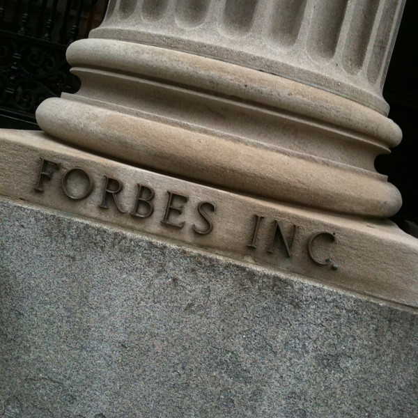 #walkingtoworktoday by Forbes on 5th ave
