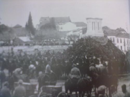 Monumento da CGG em Castelo Branco - 1914-1918, Foto da inaugura��o do monumento aos Combatentes da Grande Guerra, em 9 de Abril de 1924, Castelo Branco, na Pra�a dos M�rtires da P�tria, a actual Pra�a da Devesa.