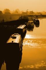 Sawley Marina - Early Morning (Rodney Wetton) Tags: mist marina sunrise barge moorings sawley sawleymarina rodneywetton