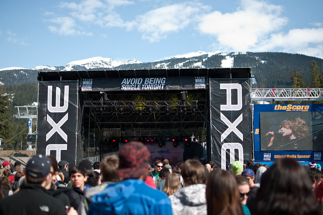 AXE Stage, Skiers Plaza