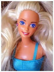 Pretty In Purple Barbie 1992 (Chicomαttel) Tags: pretty purple barbie 1992 mattel inc in