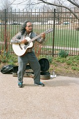 (ChristinaHernandez2793) Tags: chicago film 35mm canon kodak busker portra lincolnparkzoo t50