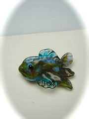 Fish Bead (SimplP) Tags: ocean fish art glass torch tropical bead lampwork pendant flamework hotglass torchwork softglass