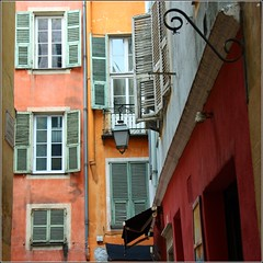 small streets from Nice... by Zé Eduardo...
