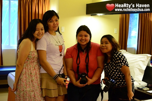 bloggers at Microtel Room