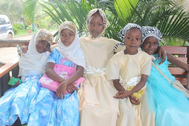 zoo trip with shule kids 020.jpgedit