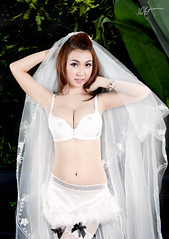 The bridal chamber ! (Hatphoenix) Tags: cute sexy girl lovely weading