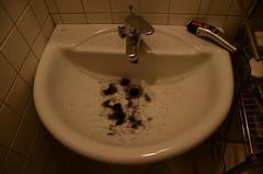 Bye bye hipsterism (riccardo.fissore) Tags: red man male beard lowlight sink cut hipster toilet shave redlight bagno barba manhood tagliare lavandino cameraoscura hipsterism rasare hipsteria