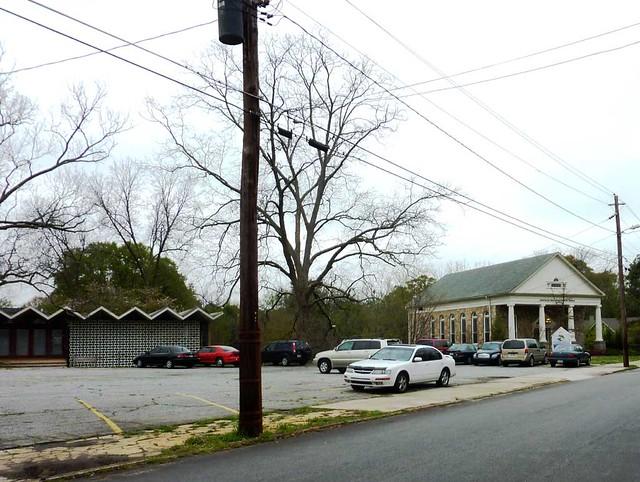 P1090141-2011-03-29-Ormewood-Park-Presbyterian-Church-Modern-and-1914