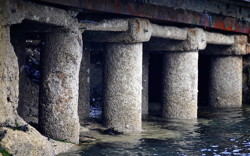 Jetty Pillars