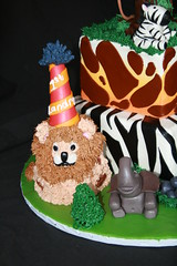 "Safari cake with tree and smash lion • <a style=""font-size:0.8em;"" href=""http://www.flickr.com/photos/60584691@N02/5586301144/"" target=""_blank"">View on Flickr</a>"