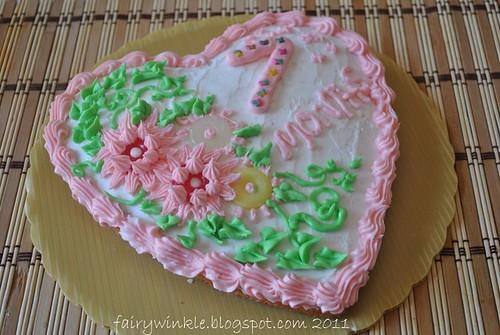 pinkheartcake2011