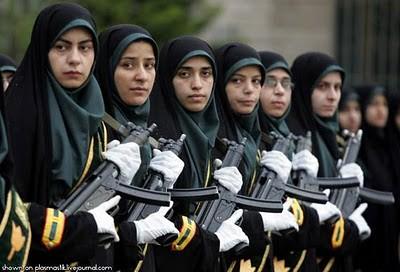 Military_Women_20