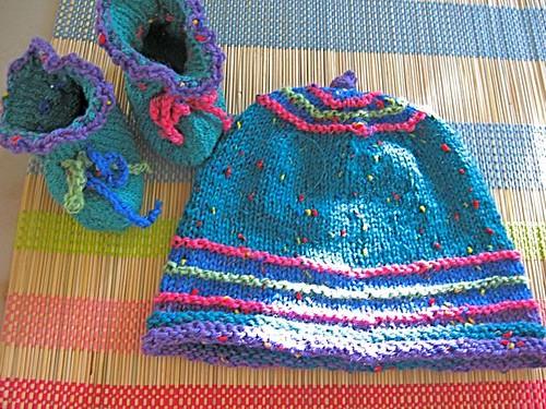 Baby Hat & Booties 2b