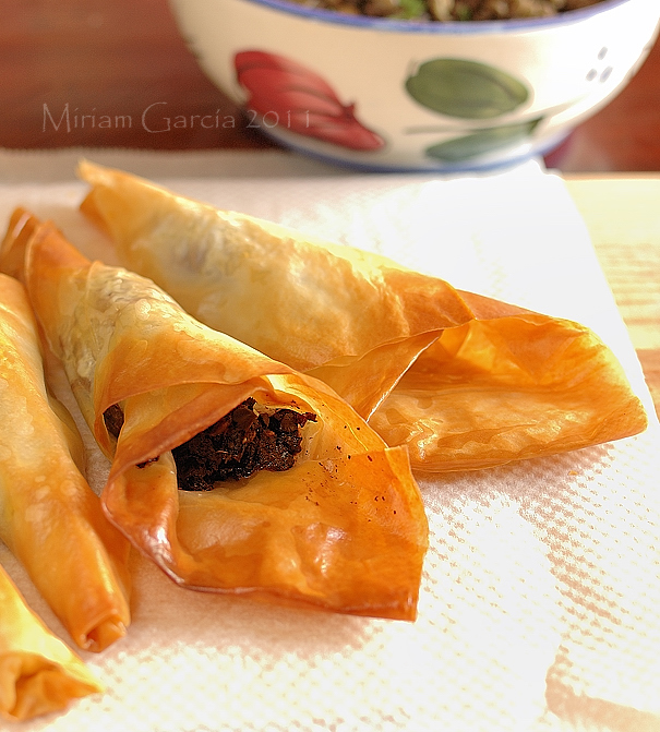 Olivada in phyllo 4