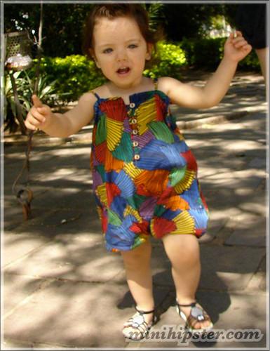Helena... MiniHipster.com: kids street fashion (mini hipster .com)