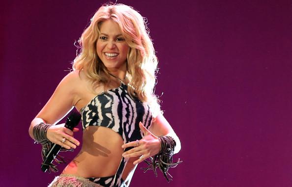 Shakira B 1 (271) by al7n6awi
