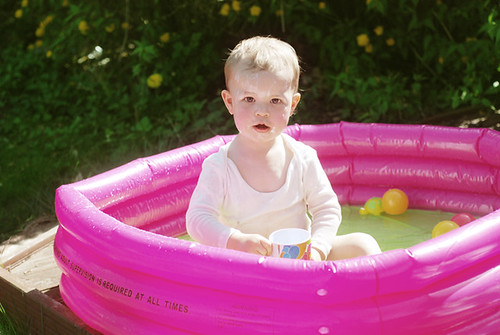 dylan in paddling pool