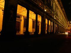 La Piazza degli Uffizi (QuinntheIslander) Tags: italy beautiful night florence italia time nighttime tuscany firenze bella toscana bellissima firenzedinotte florenceatnight italyatnight italiadinotte
