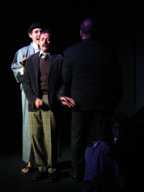 Mr. Anaconda (Jaime Robledo), henchman to Mr. Cloots.