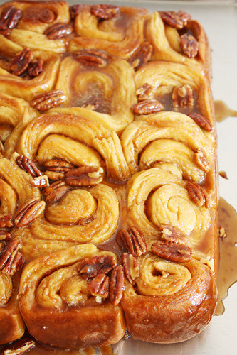 lots o' sticky buns.