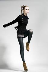 [フリー画像] 人物, 女性, ファッション, スタジオ, 201105101500