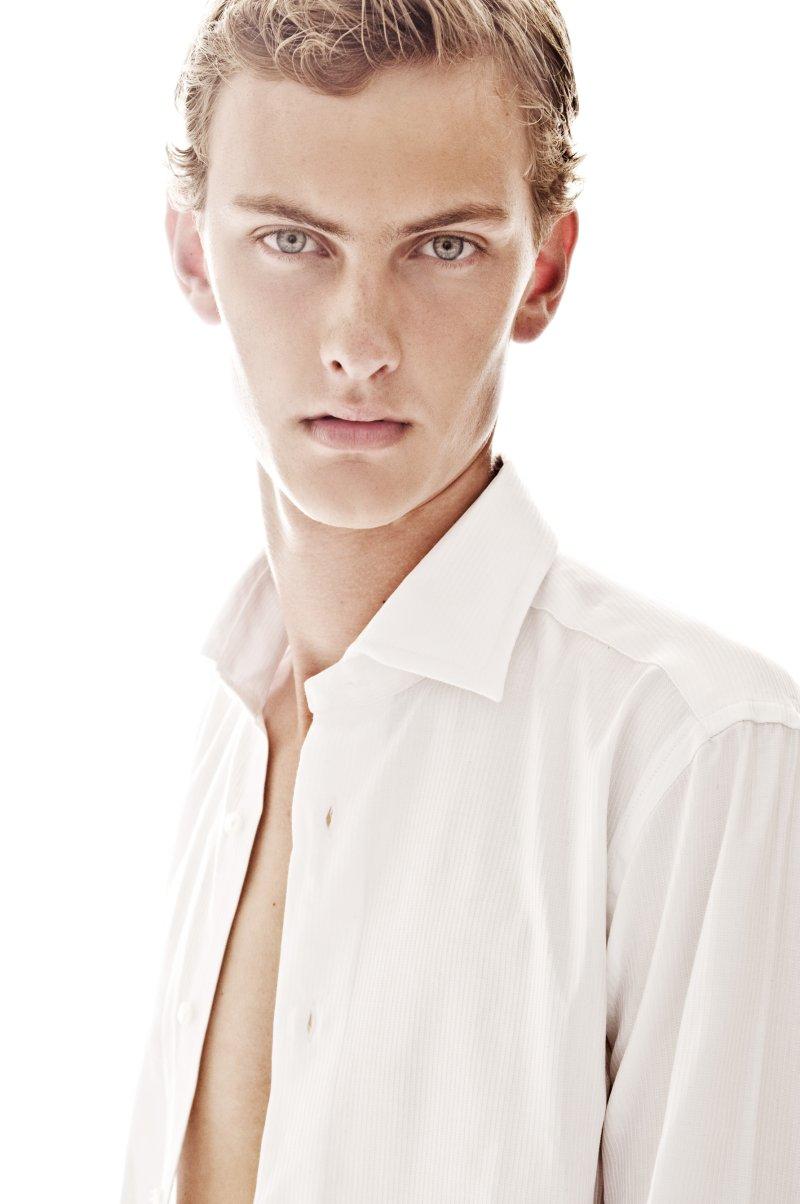 Pieter-Paul Huisman0004_Ph Dale Grant(Fashionisto)