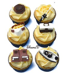 Cupcakes for a Fisherman (~Trs Chic Cupcakes by ShamsD~) Tags: by southafrica cupcakes fishing nikon tres chic fishingboat fondant fishingrod whitechocolateganache fishinghat shamsd fishingjacket fishingtacklebox shamimadesai whitechocolatemudcupcakes cupcakesinsouthafrica fishermancupcakes fishingharness cupcakesinpietermaritzburg weddingcupcakesinsouthafrica weddingcupcakesinpietermaritzburg