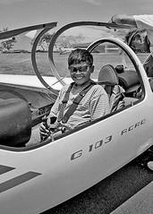 1998-08-29-01 05 Mark on Glider