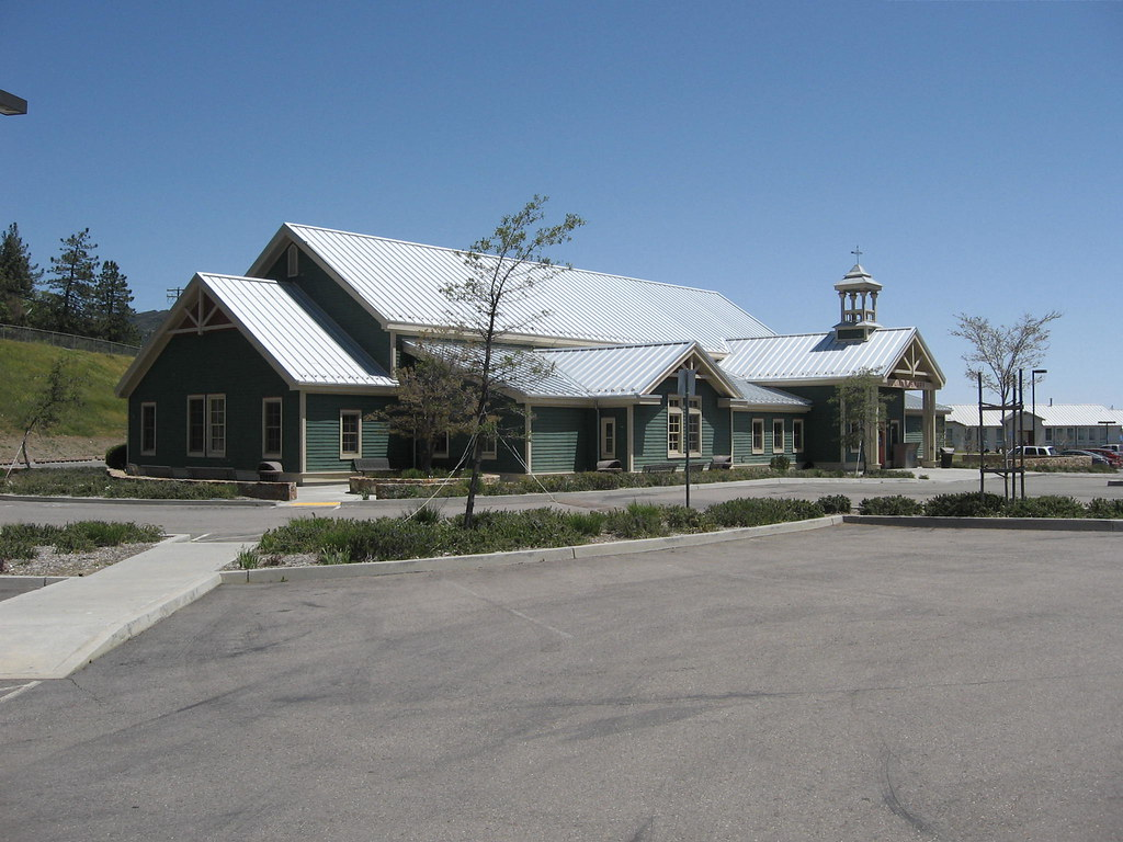 JULIAN (CA) LIBRARY - A SAN DIEGO COUNTY BRANCH LIBRARY - opened in 2004