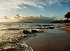 Wailea Beach (Apogee Photography) Tags: sunset landscape hawaii outdoor places maui portfolio hdr s95 camera:make=canon exif:make=canon exif:focal_length=6mm exif:iso_speed=80 flickrunitedaward exif:lens=60225mm exif:aperture=80 canonpowershots95 camera:model=canonpowershots95 exif:model=canonpowershots95