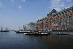 Pakhuizen aan de Silodam (Shirley de Jong) Tags: haven water amsterdam boot silodam pakhuis hetij