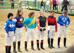 2011-05-20 (14) female jockeys at Pimlico