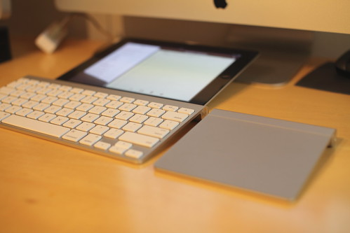 iPad2 with bluetooth keyboard