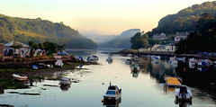 IMG_9493 (Charlie Chan @ 華天) Tags: morning mist colour reflection water misty canon river boats hills looe cornwal 5dmark2