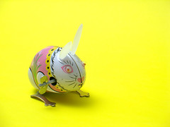 Tin Toy : Rabbit (photoshopsyr) Tags: tin toy zinc rabbit wind vintage ageold oldfashioned earnly antediluvian old ancient antique