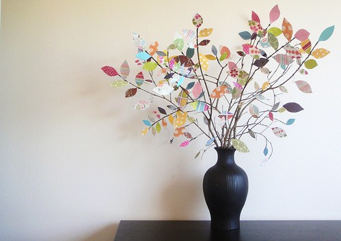 Scrapbook paper tree / twogirlsbeingcrafty